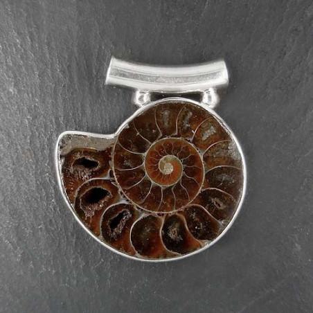 Anhänger mit Ammonit (S9)