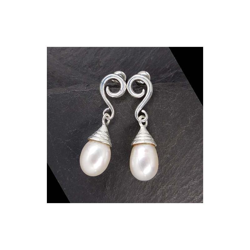Ohrringe mit Perle
