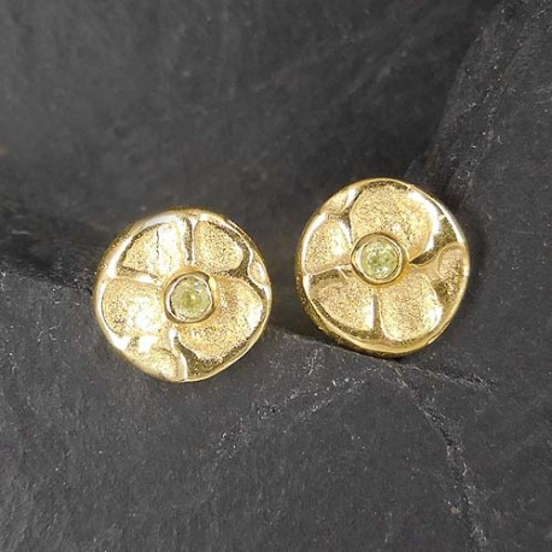 Peridot Ohrstecker Blüte vergoldet