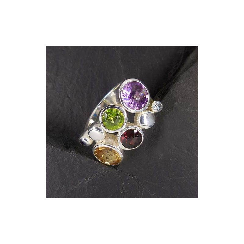 Ring mit Citrin, Amethyst, Granat und Peridot