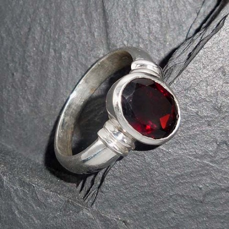Granat - Ring