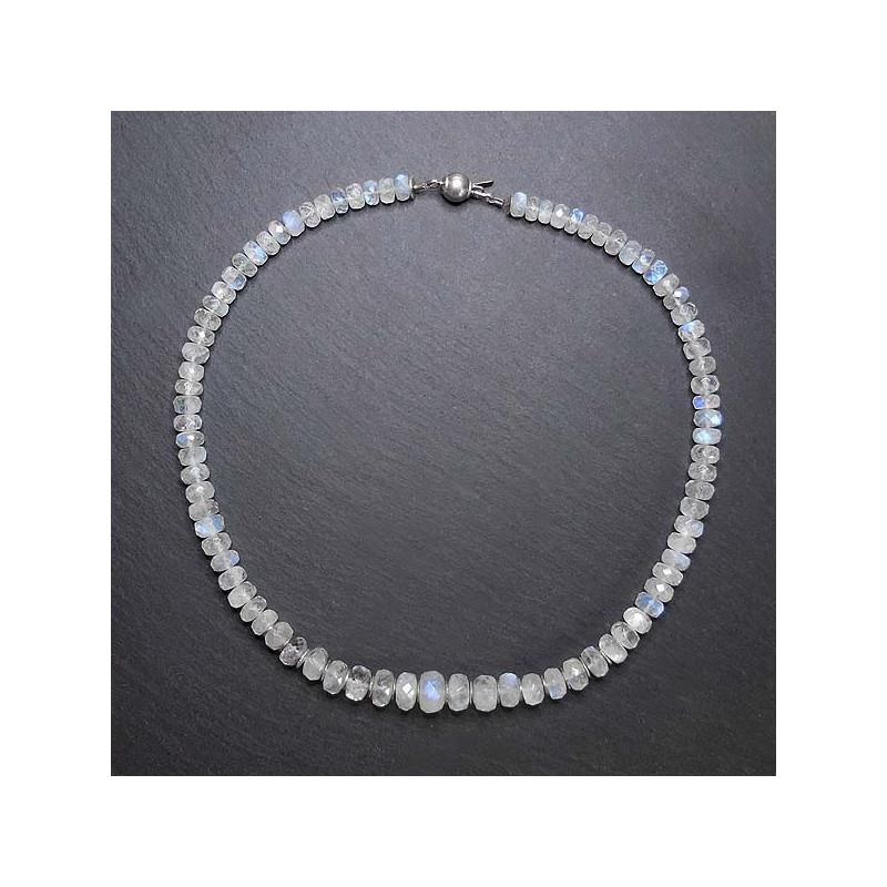 Mondsteinkette mit Silberperlen