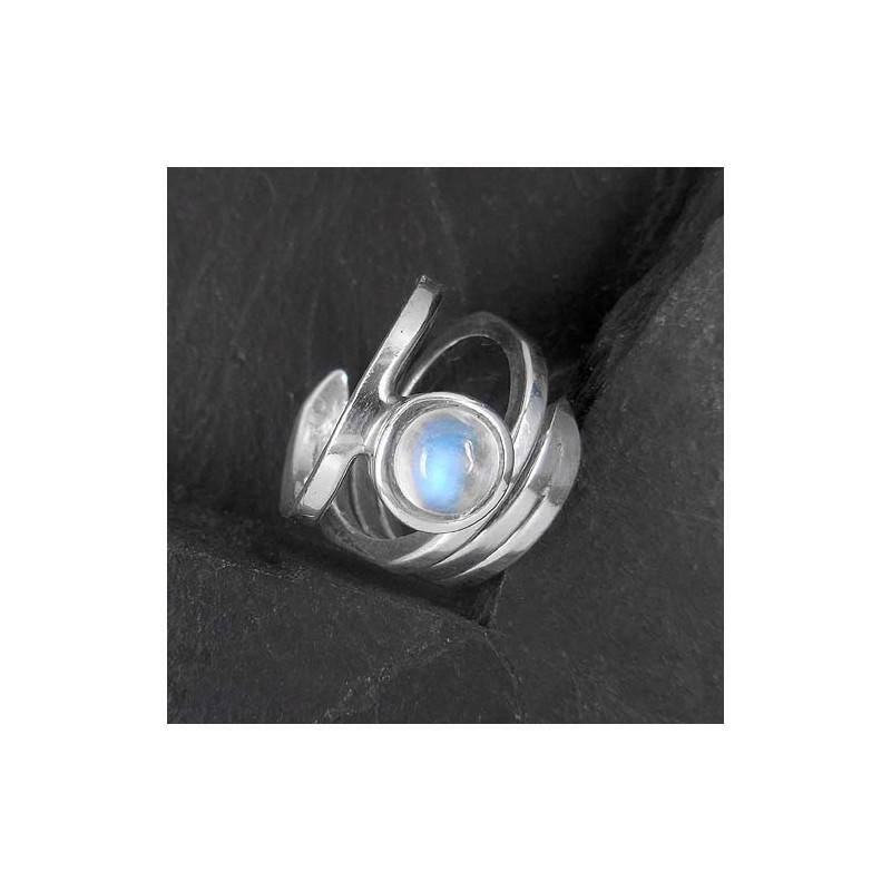 Mondstein Ring Navette