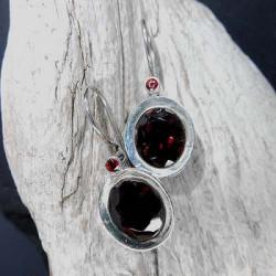 Granat Ohrringe mit 2 Steinen