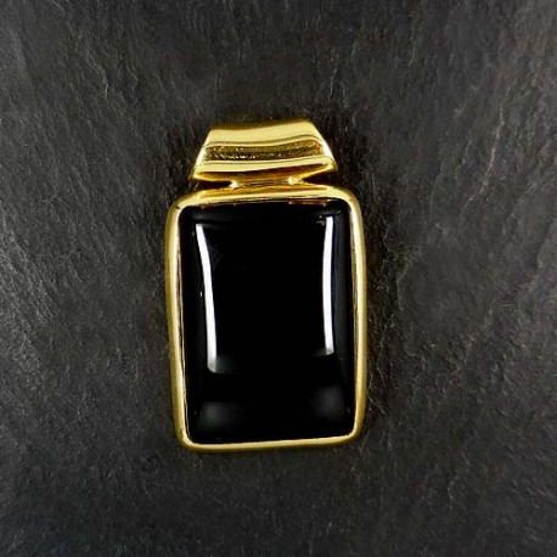 Onyx Anhänger vergoldet