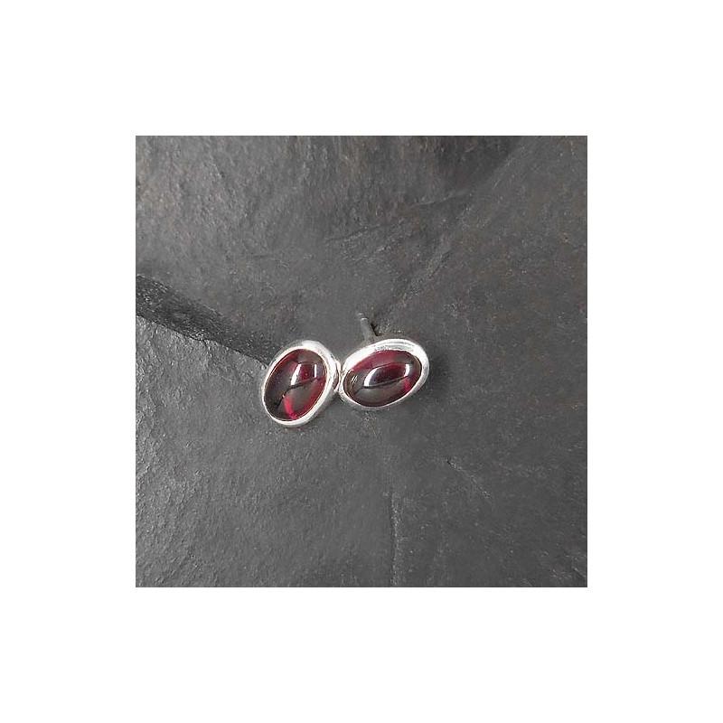 Granat Ohrstecker oval