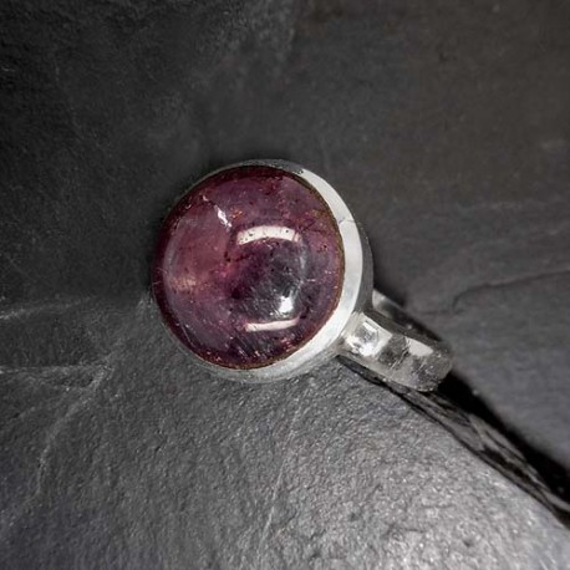 Sternrubin Ring