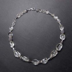 Bergkristallkette mit Silberperlen