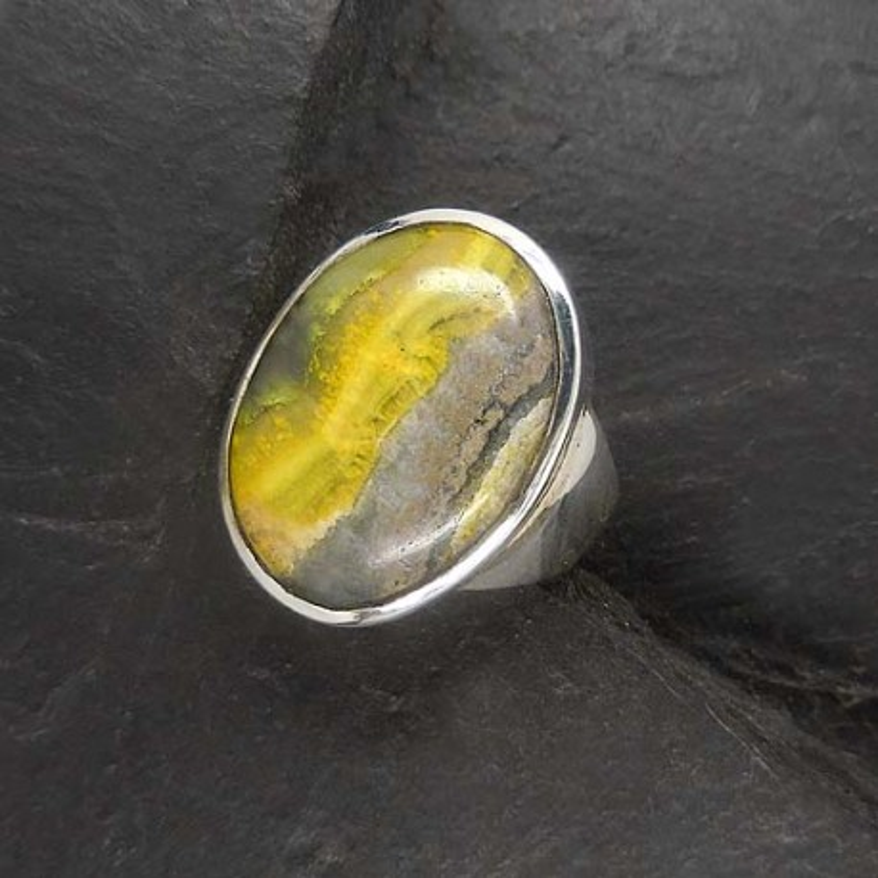 Auripigment Ring